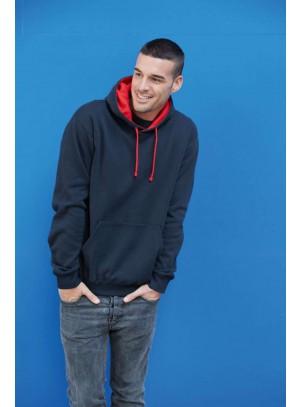 Kontrasztos kapucnis pulóver